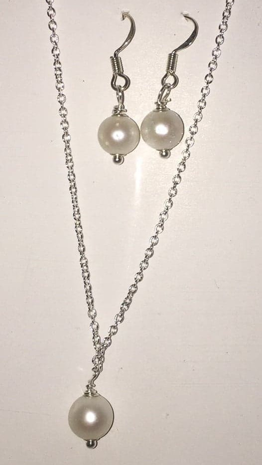 Sterling Silver Pearl necklace and earrings set