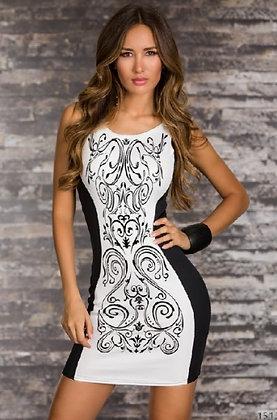 Stram festkjole i sort og hvid mønster