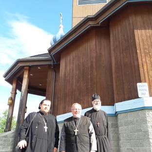 Наши священники с настоятелем Кафедрального собора Святого Иннокентия