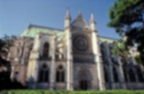 Фото-Базилика-Сен-Дени-Париж-Франция.jpg