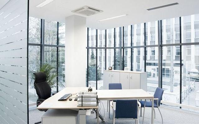 オフィス1.JPG
