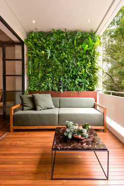 Natural Vertical Garden - exterior 13