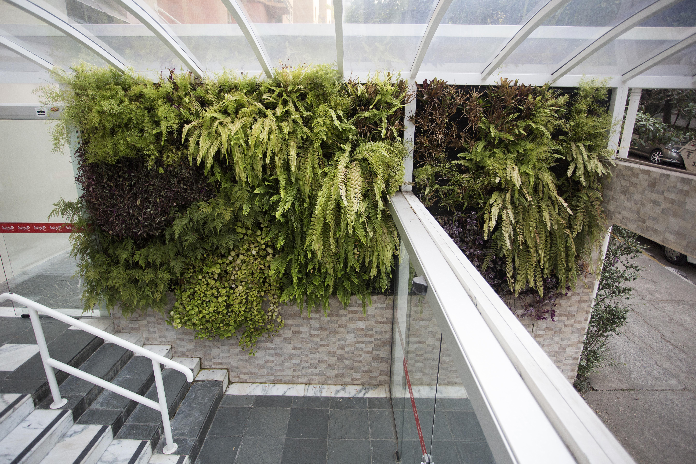 Natural Vertical Garden - interior 03