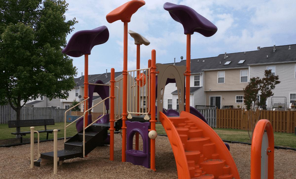 Playground-Golden Larch-1_1200x725_compr