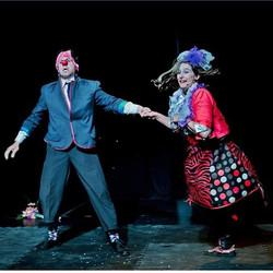 Action!_#circoguerapa #clowns #streetper