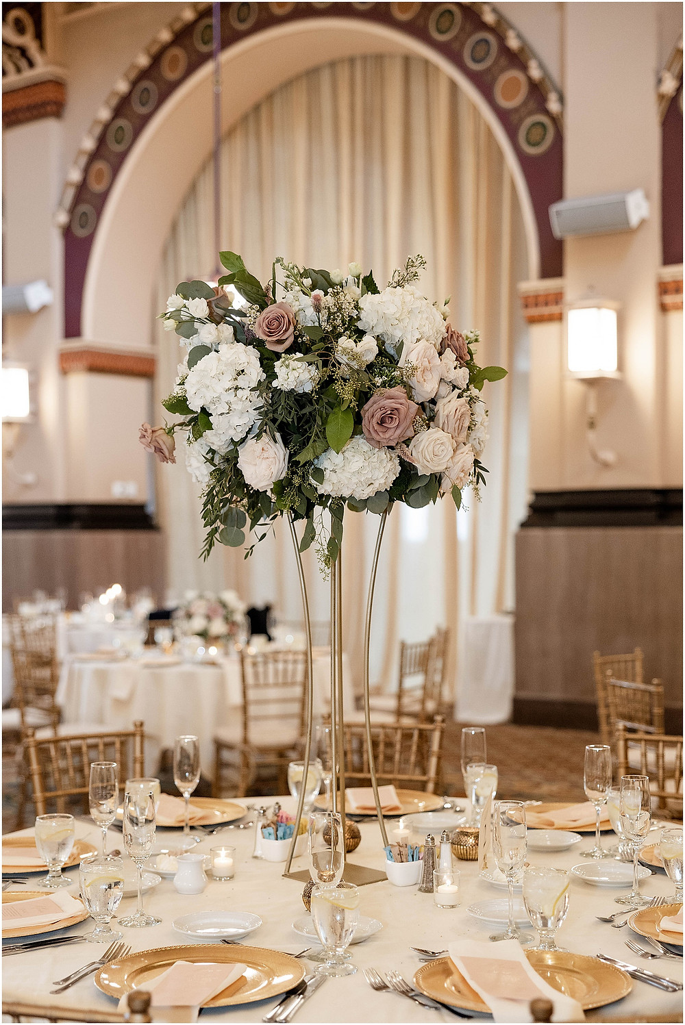 Crowne-Plaza-wedding-reception