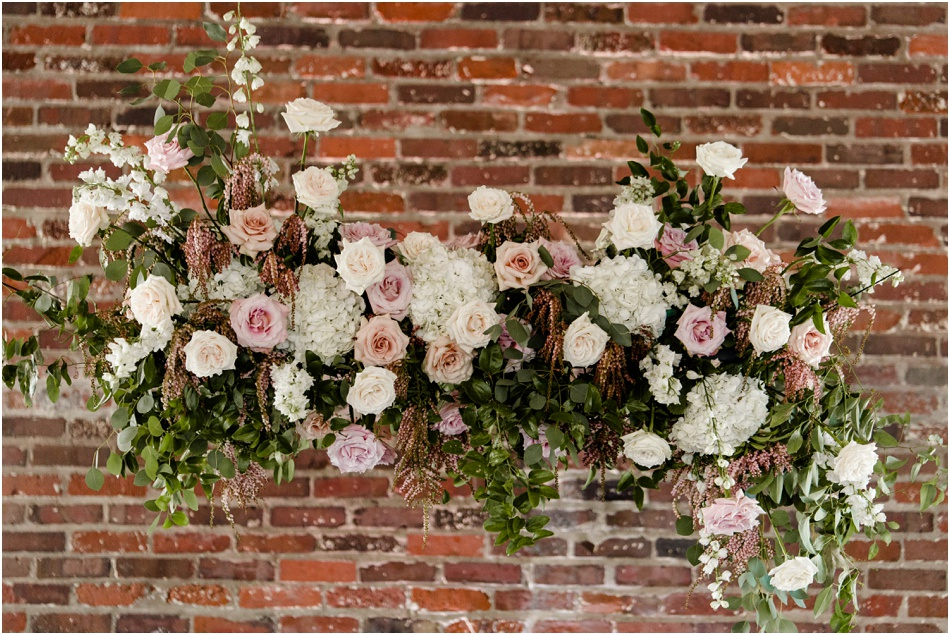 Wedding-flowers-pomp-and-bloom