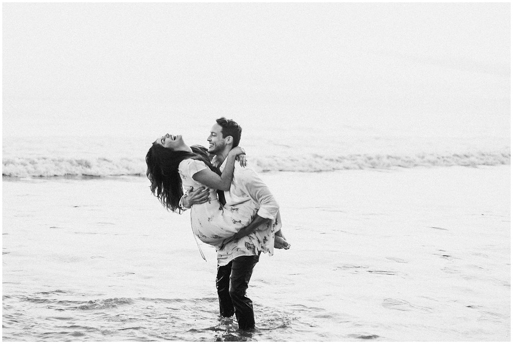 Beach-engagement-pictures