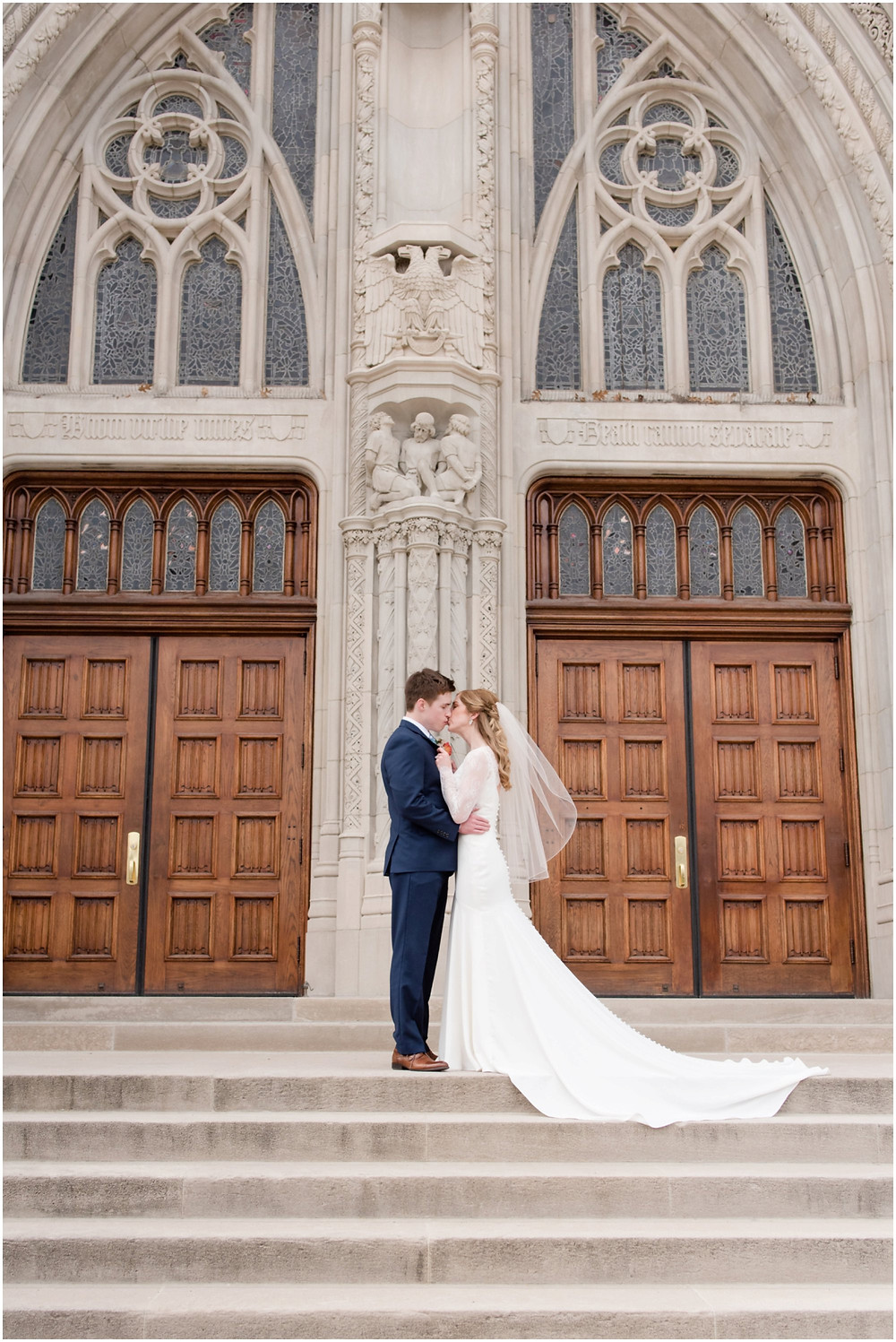 romantic bride and groom poses
