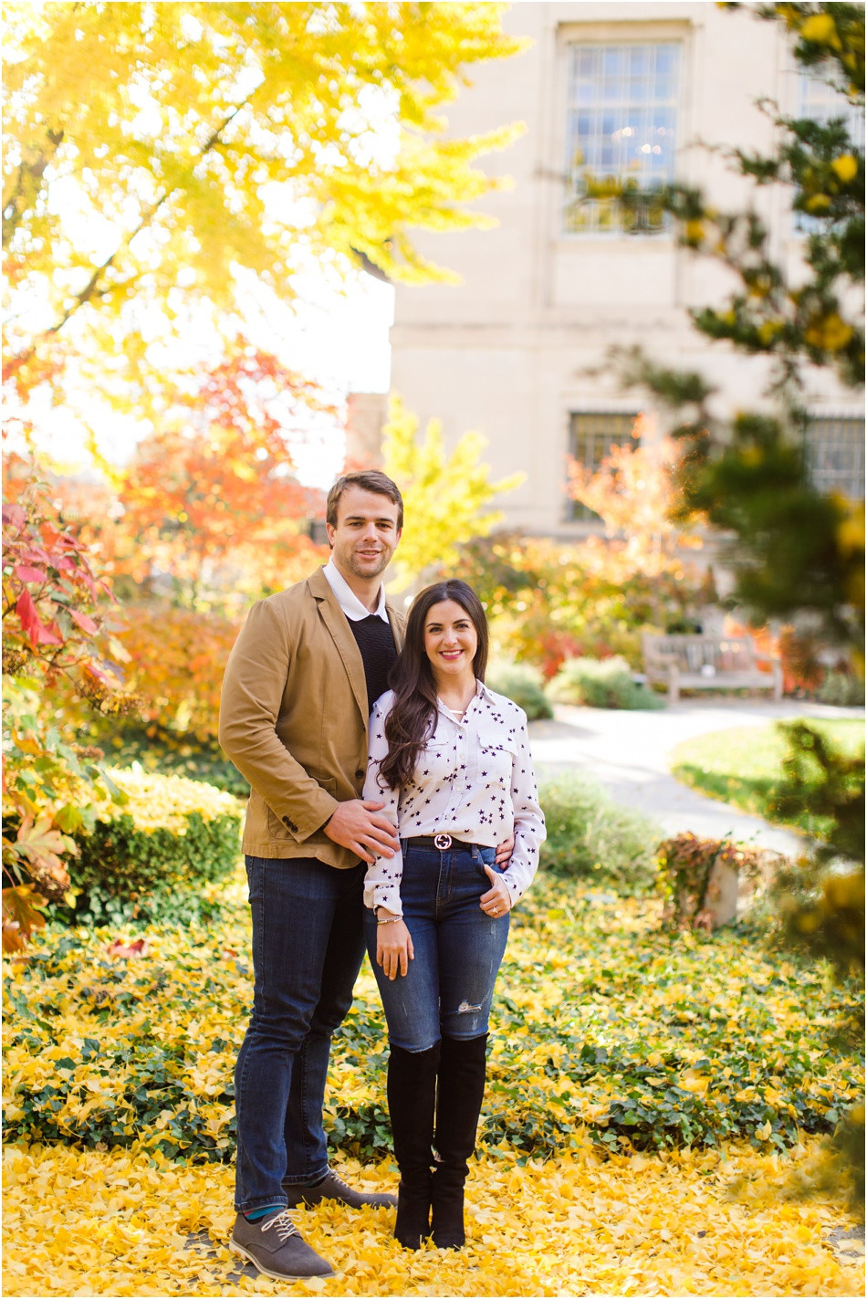 Engagement-Photos-In-The-fall