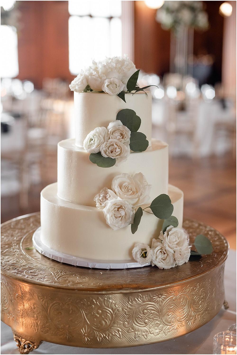 cake-Scottish-Rite-Cathedral-Wedding-Reception