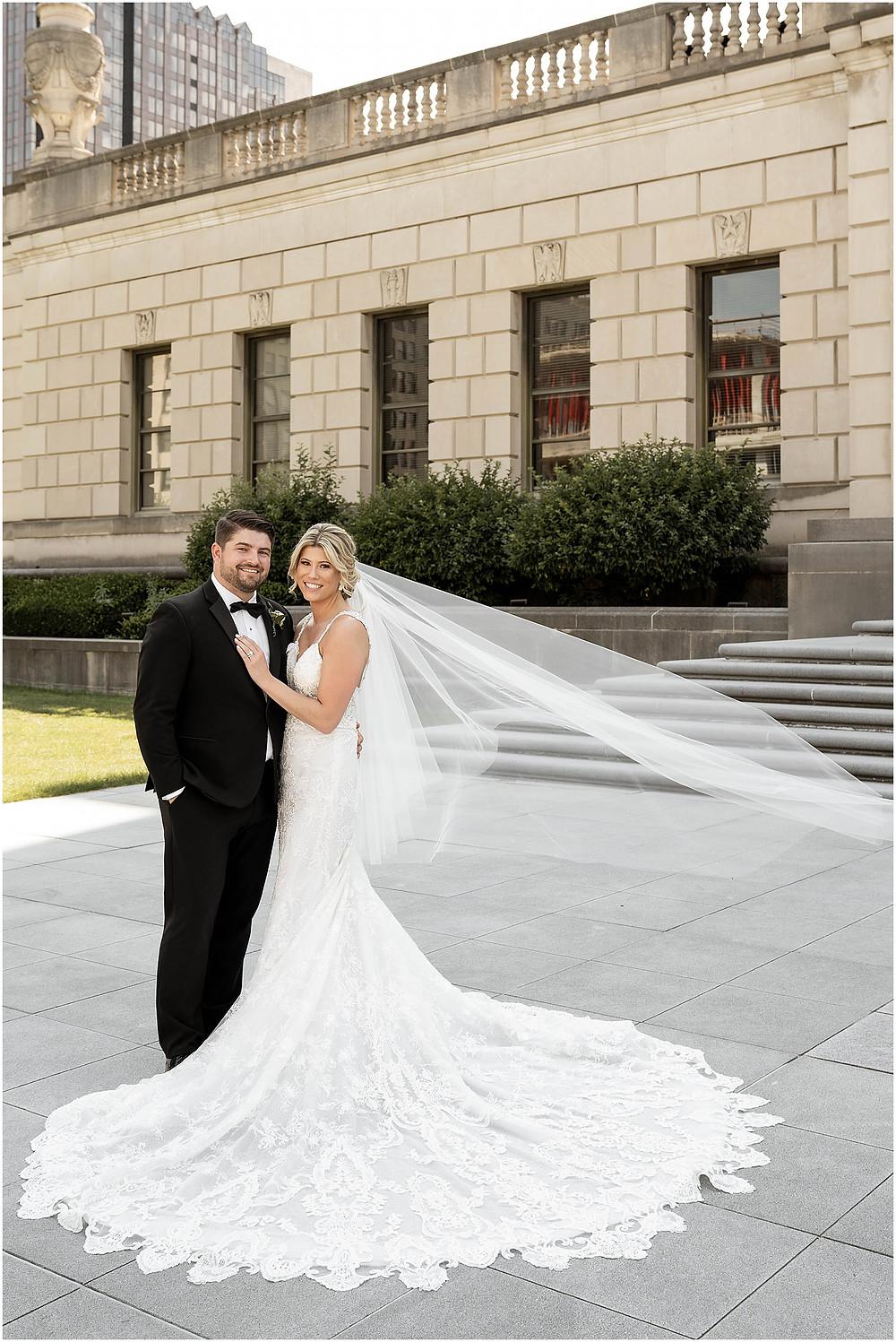 Wedding-photos-downtown-indianapolis