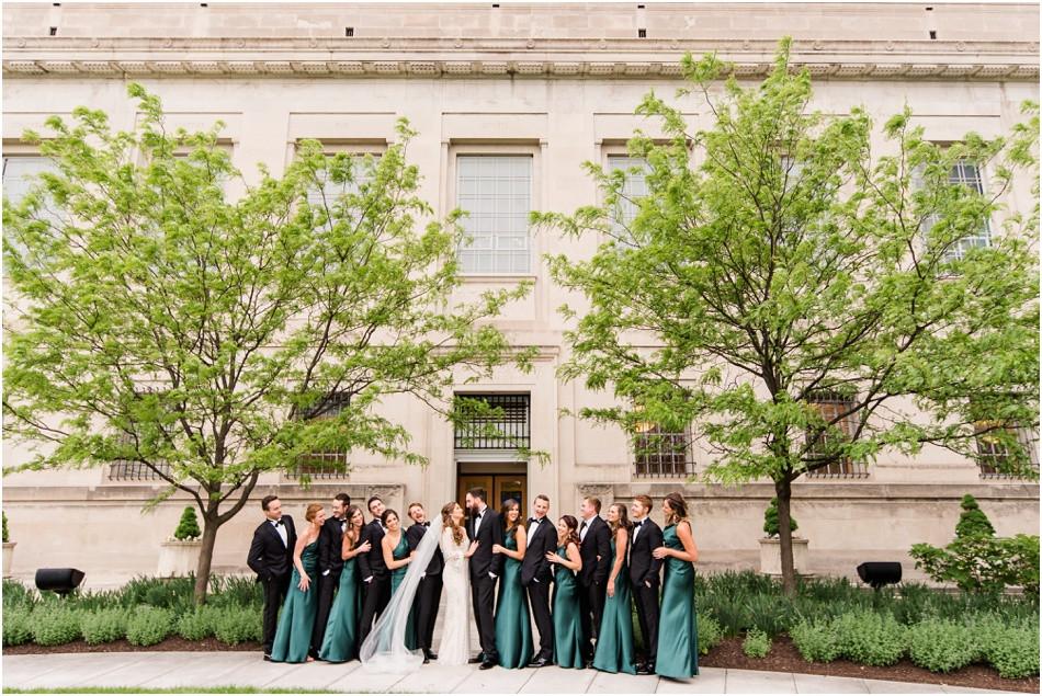 bridal-party-photos-at-central-library