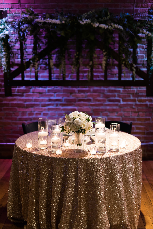 Reception table Mavris