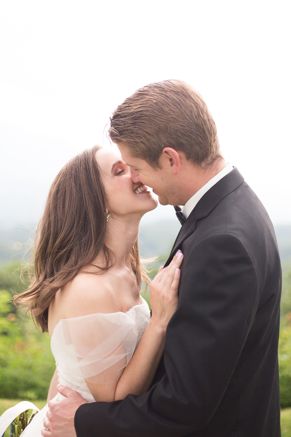 bride and groom picture ideas