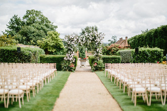 Fairytale Wedding on English Countryside