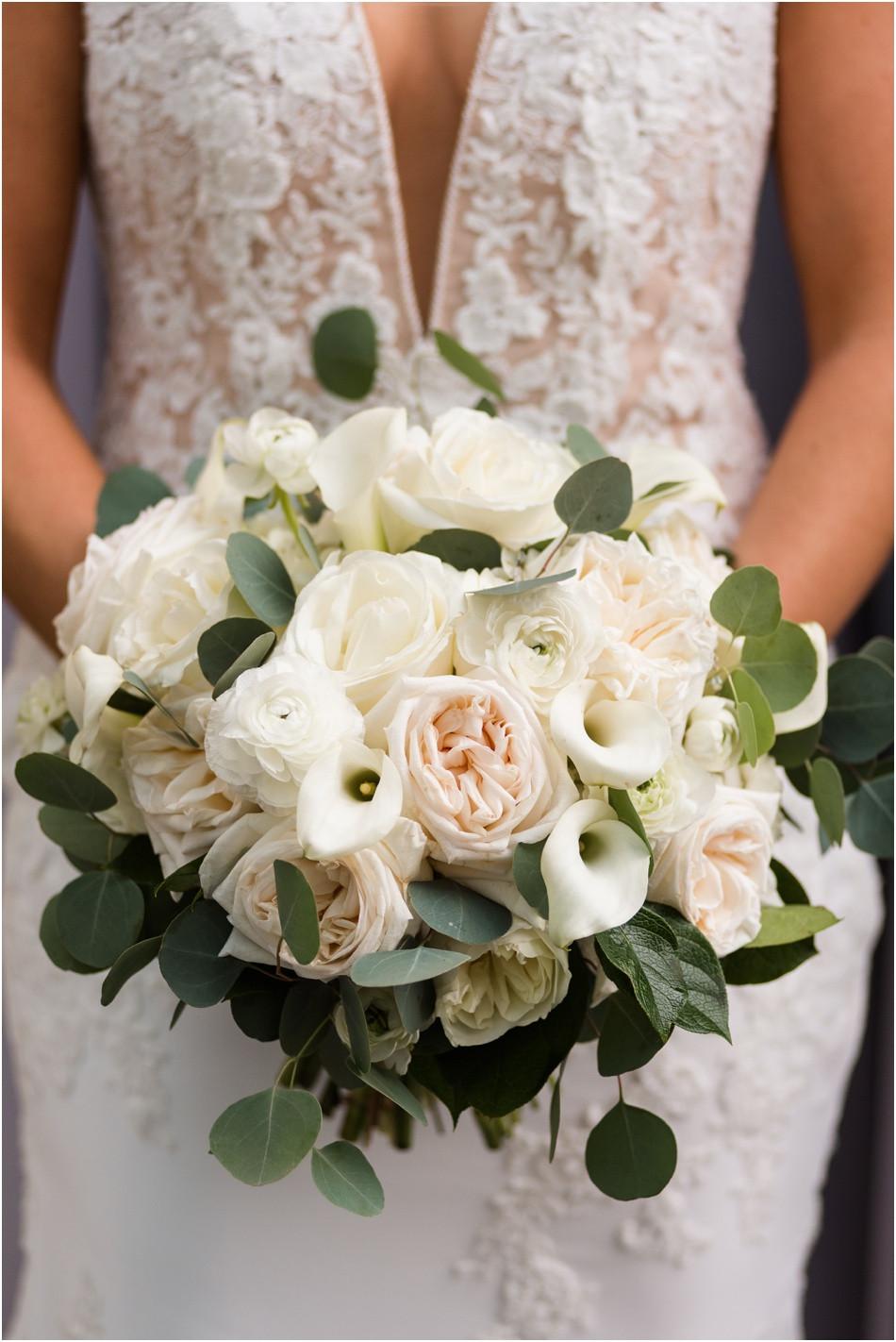 Bridal-bouquet-ideas-indianapolis