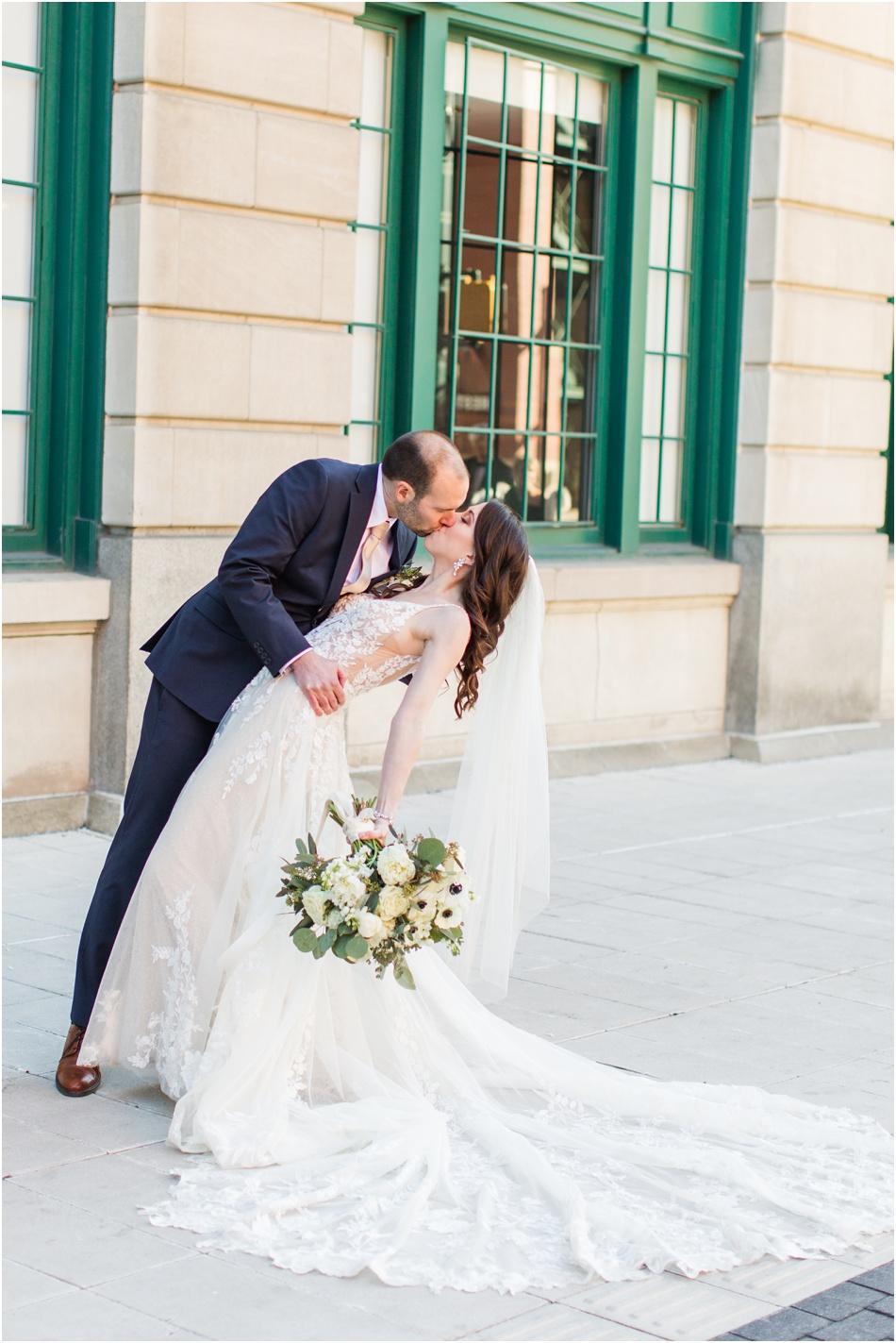 Crown-Plaza-Union-station-wedding-photography