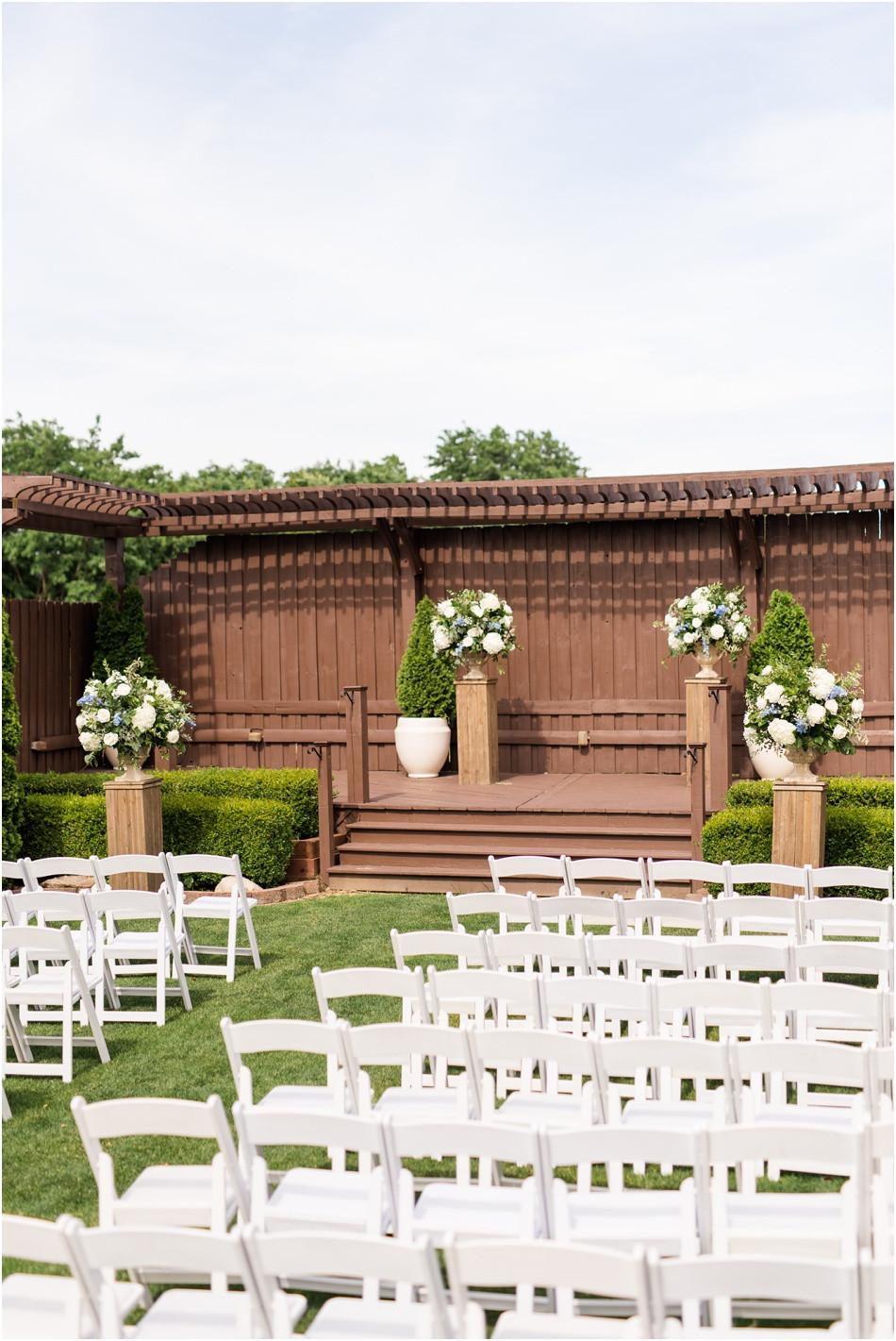 Mavris-outdoor-wedding-ceremony