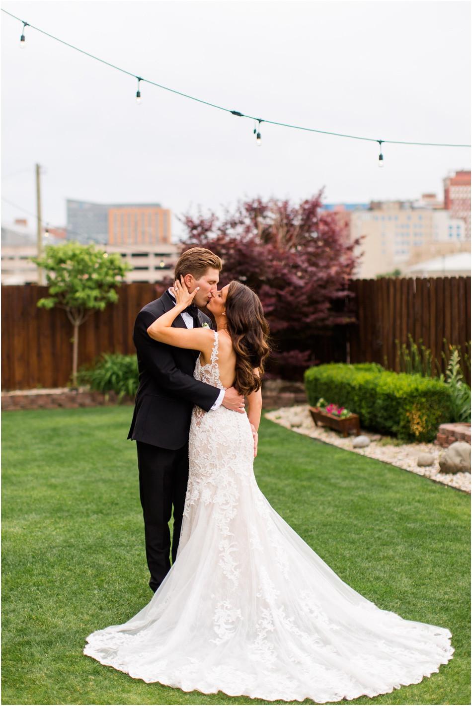 Mavris-Art-center-wedding-Indianapolis