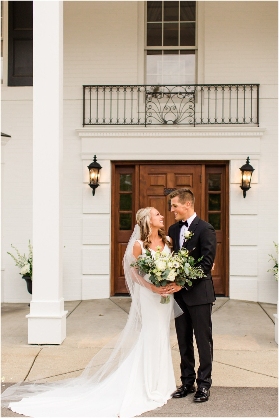 Black-Iris-Estate-weddings