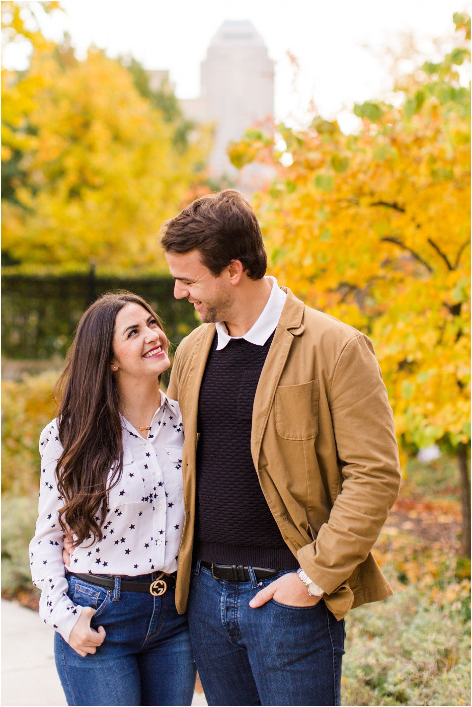 Fun-fall-engagement-pictures-indianapolis