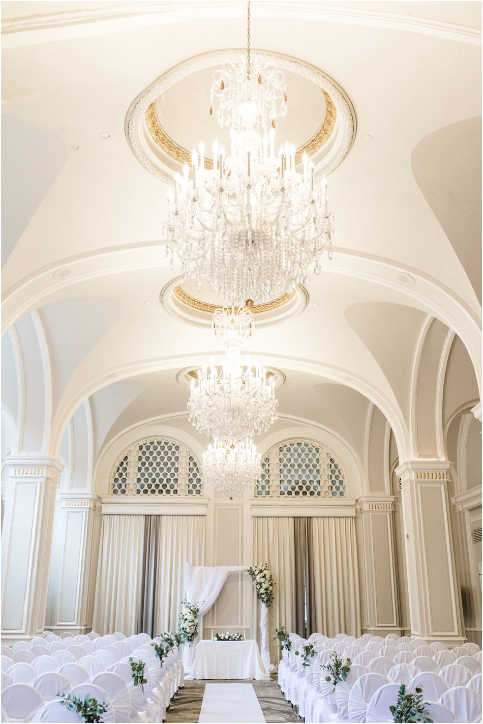 Omni-Severin-Indianapolis-Wedding-Ceremony