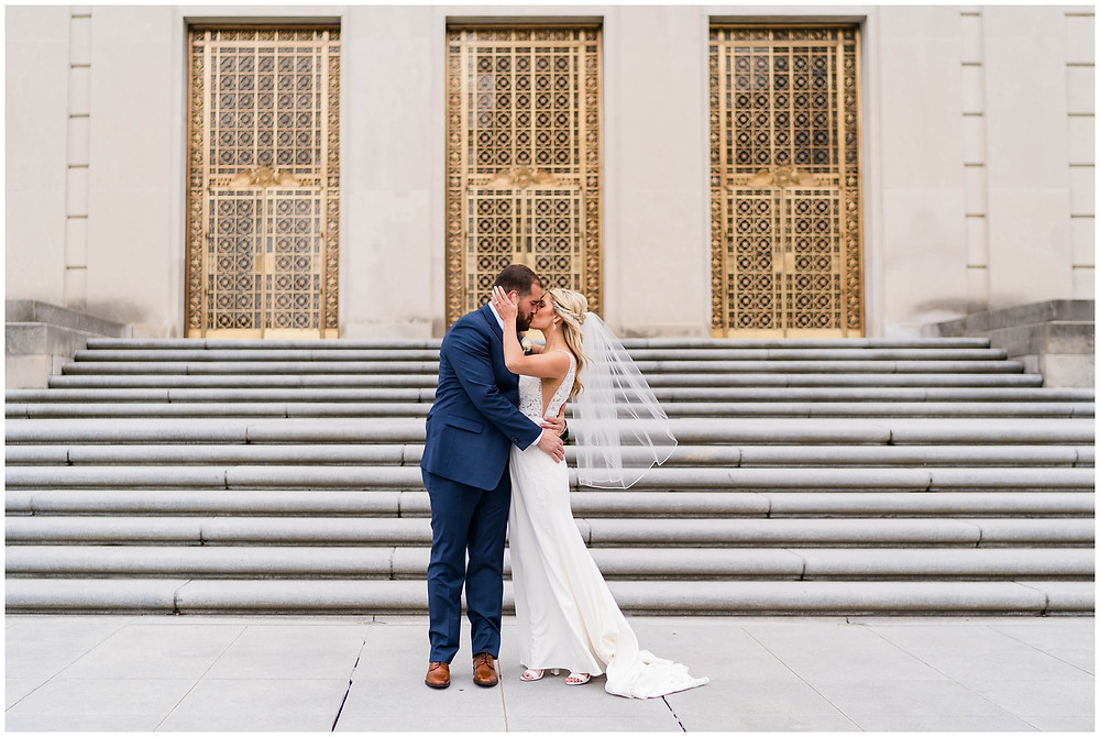 Downtown-Indianapolis-Wedding-Photography