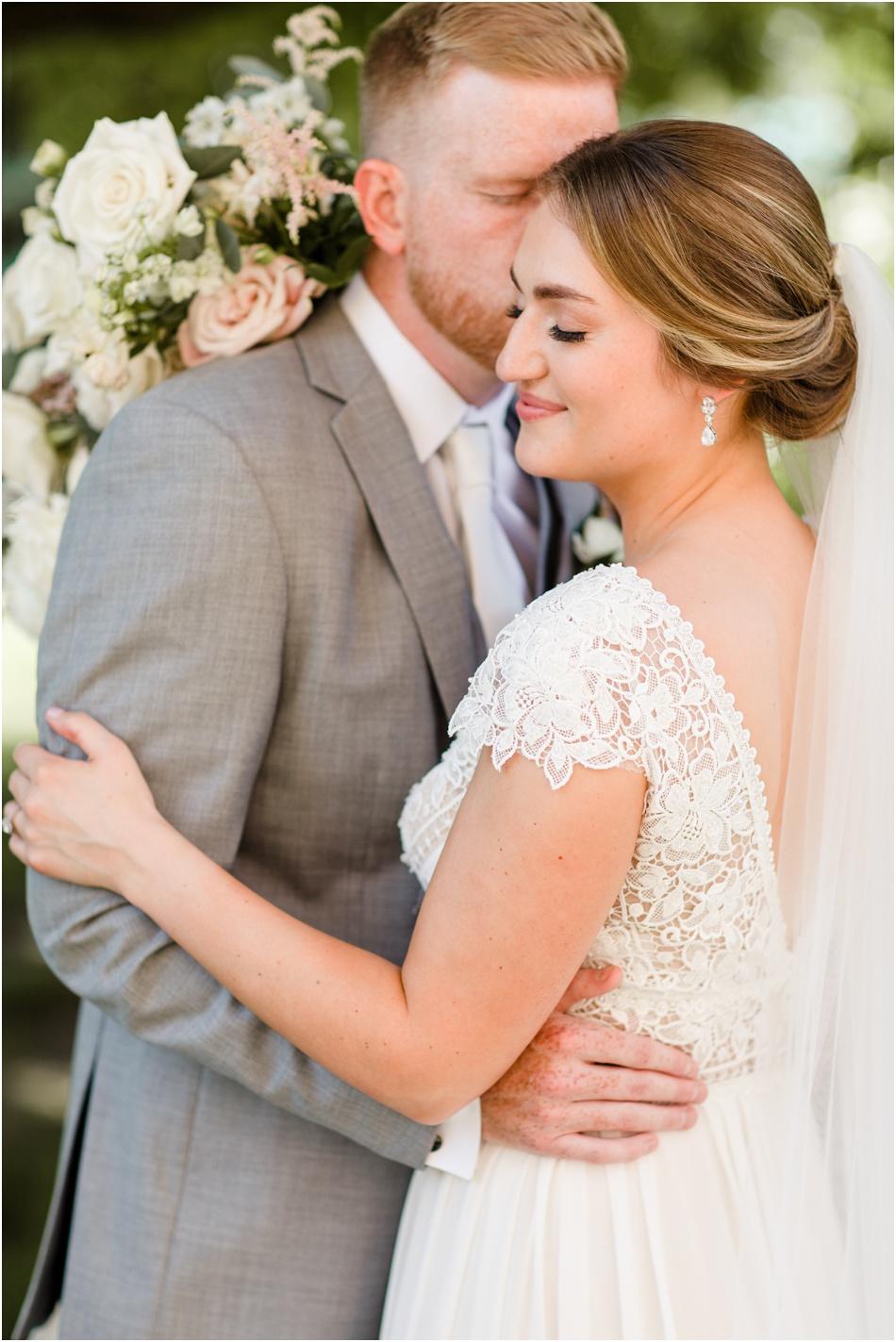 Romantic-Wedding-Photographers