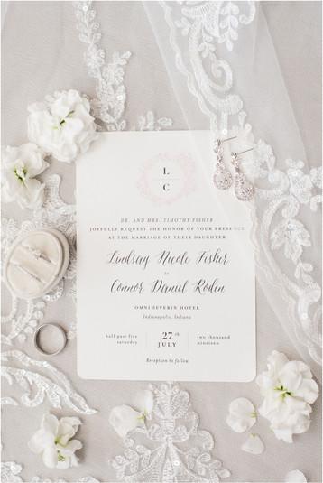 Omni Severin Indianapolis Wedding | Lindsay & Connor