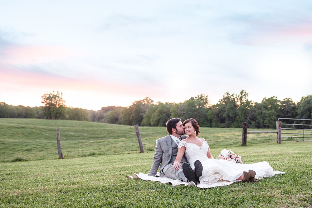 Indianapolis wedding photographers near me