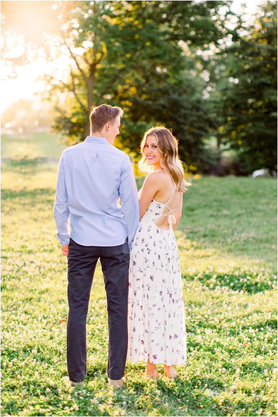 Romantic-Sunset-Engagement-Photos