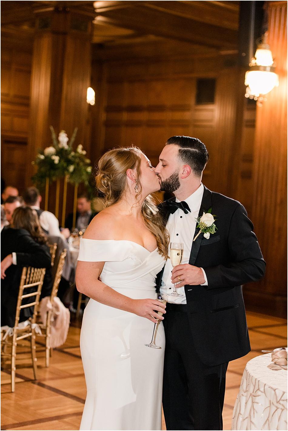 winter-ballroom-wedding