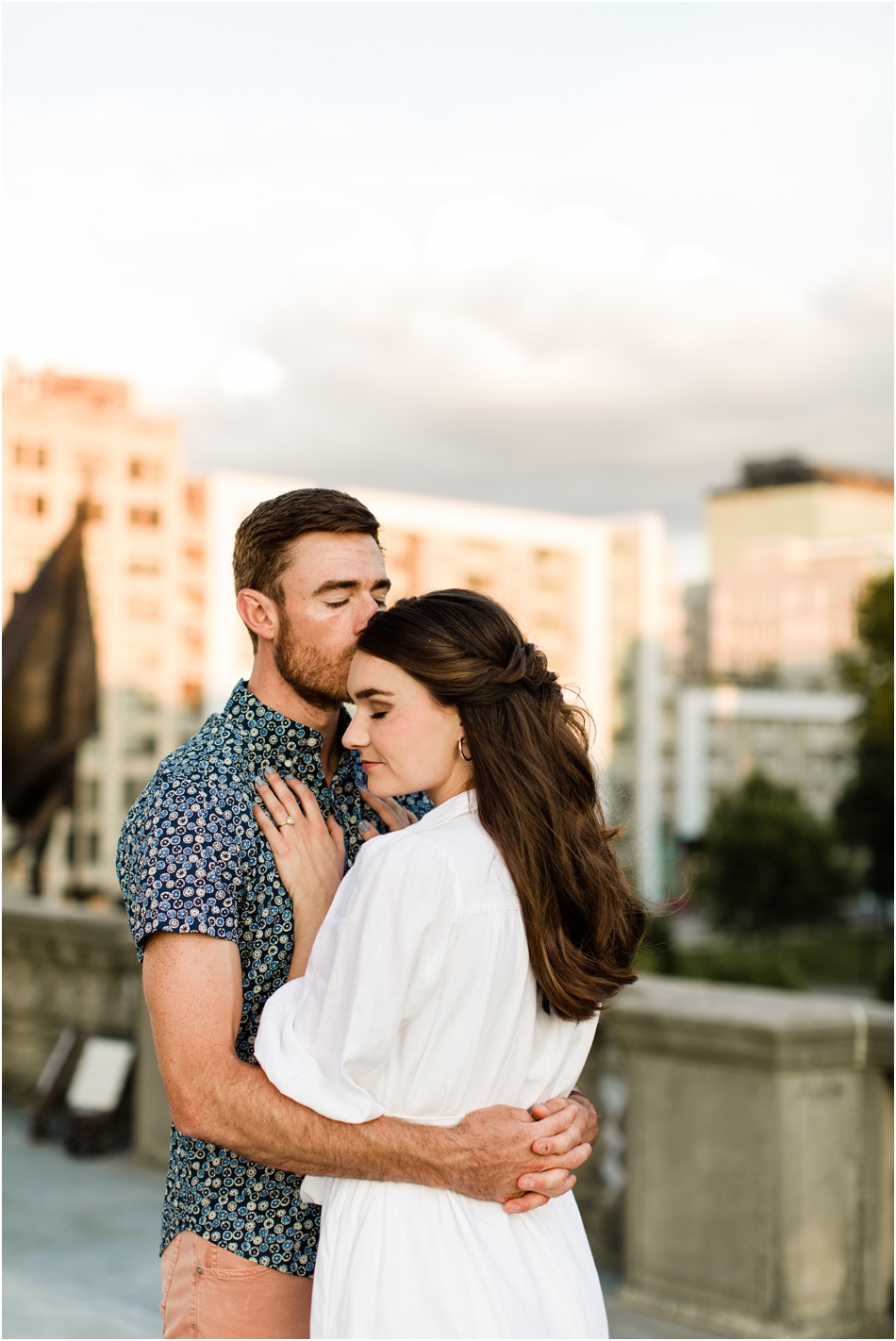 Downtown-Indianapolis-Engagement-photography