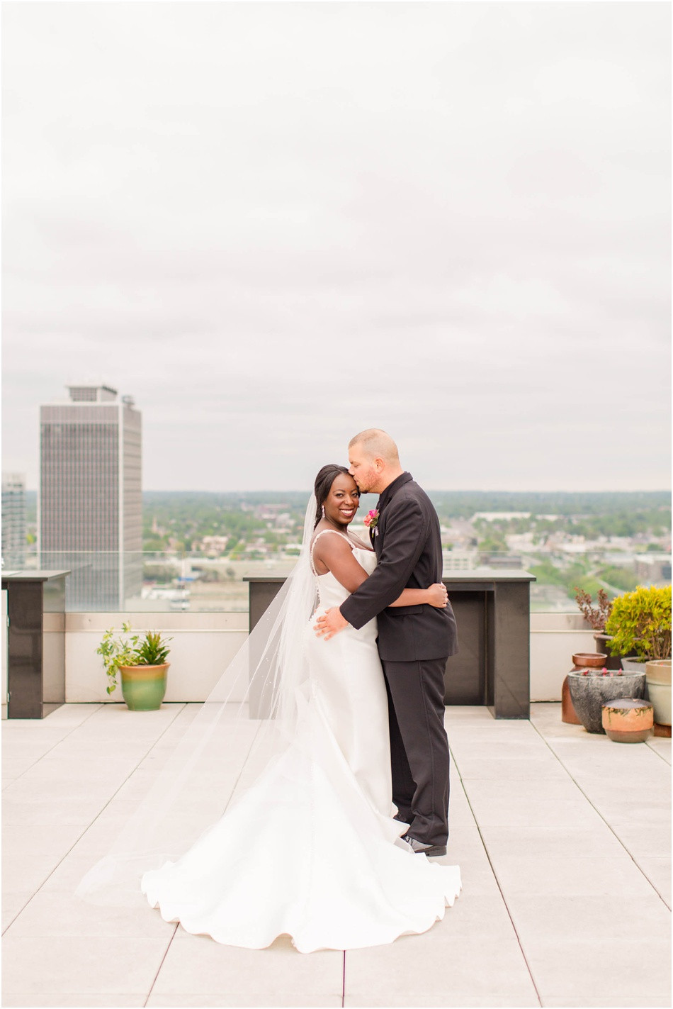 Bride-and-groom-conrad-hotel