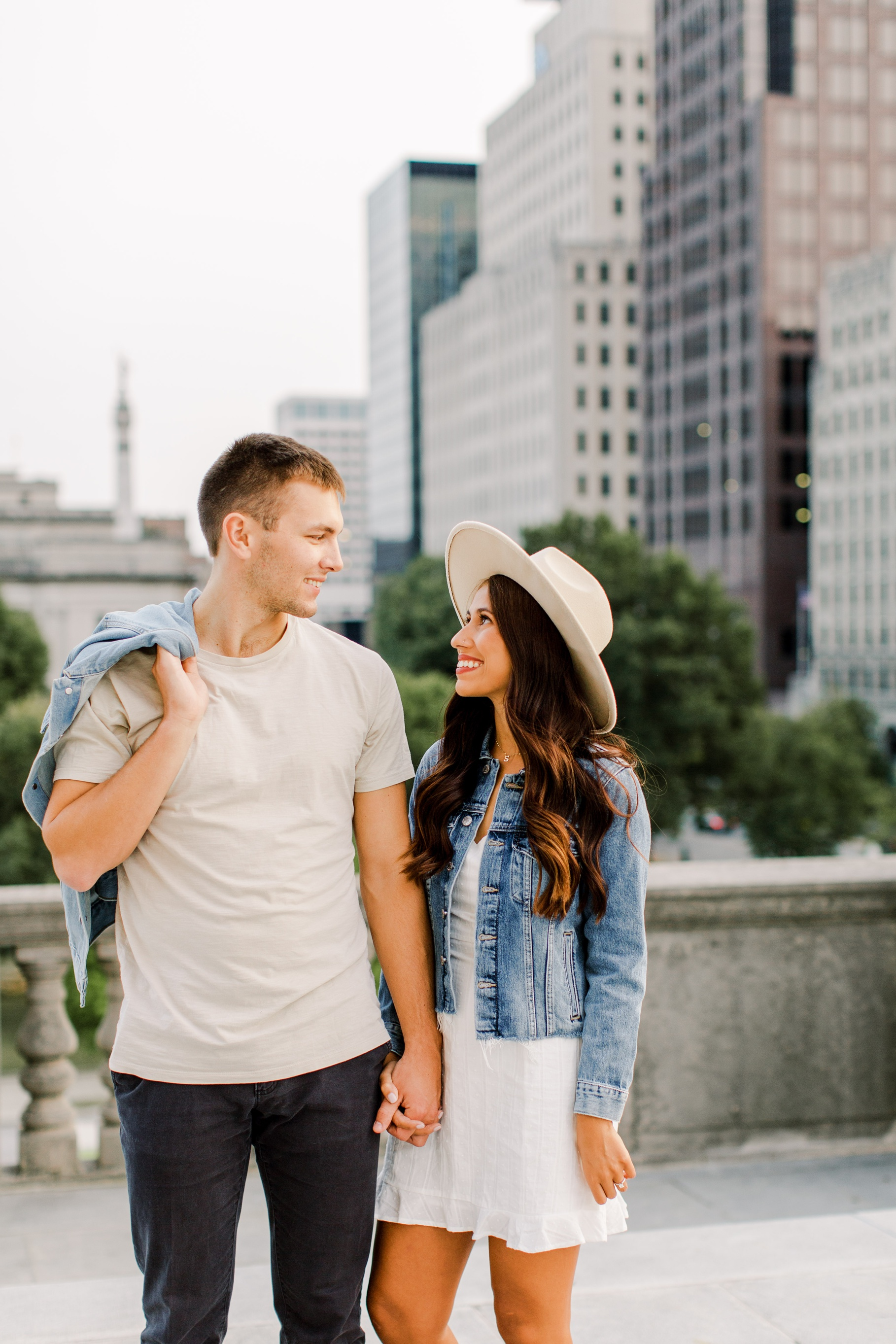 Best-places-In-Indianapolis-engagement-photos
