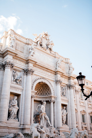 Romance in the Eternal City | Italian Lifestyle Session
