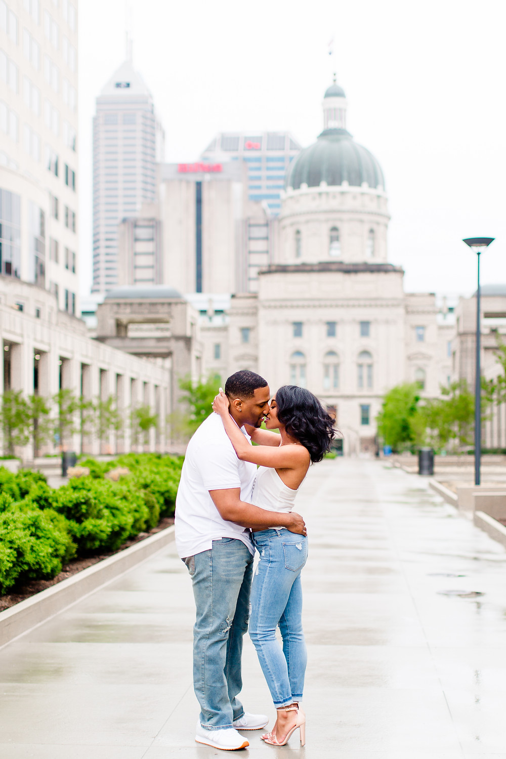 Indianapolis-Engagement-photo-ideas