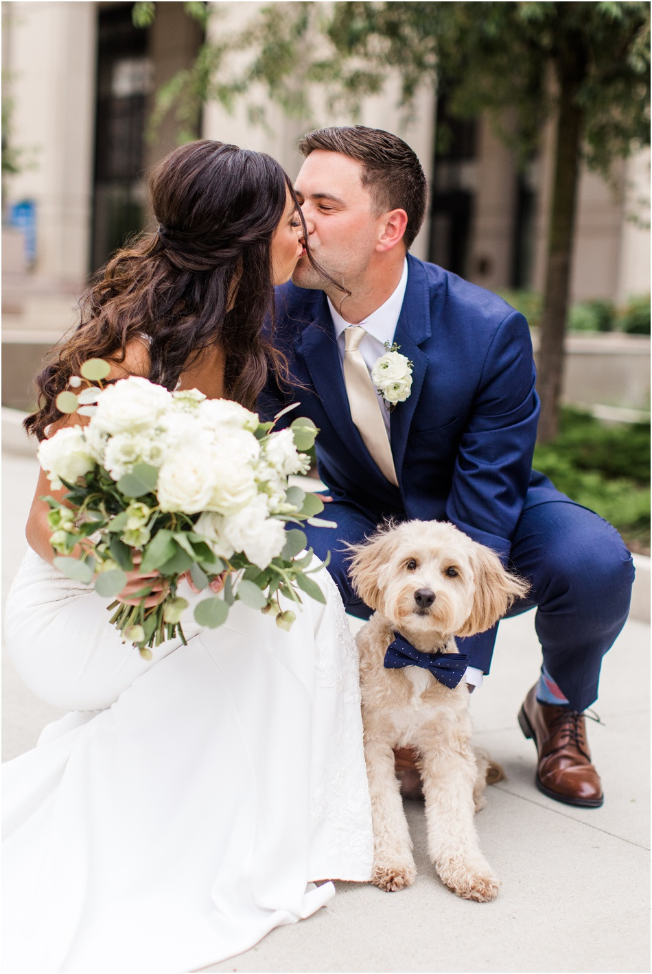 Wedding-day-photos-with-dog-indy