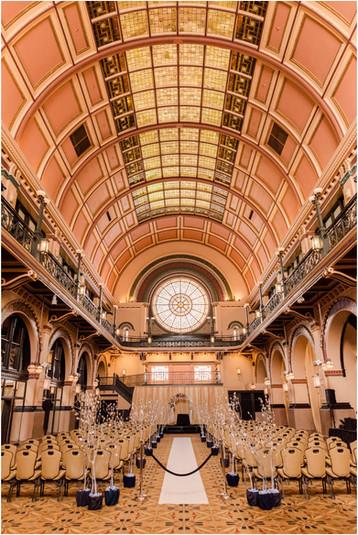 Crowne Plaza and Historic Union Station Wedding | Indianapolis Wedding Photographer