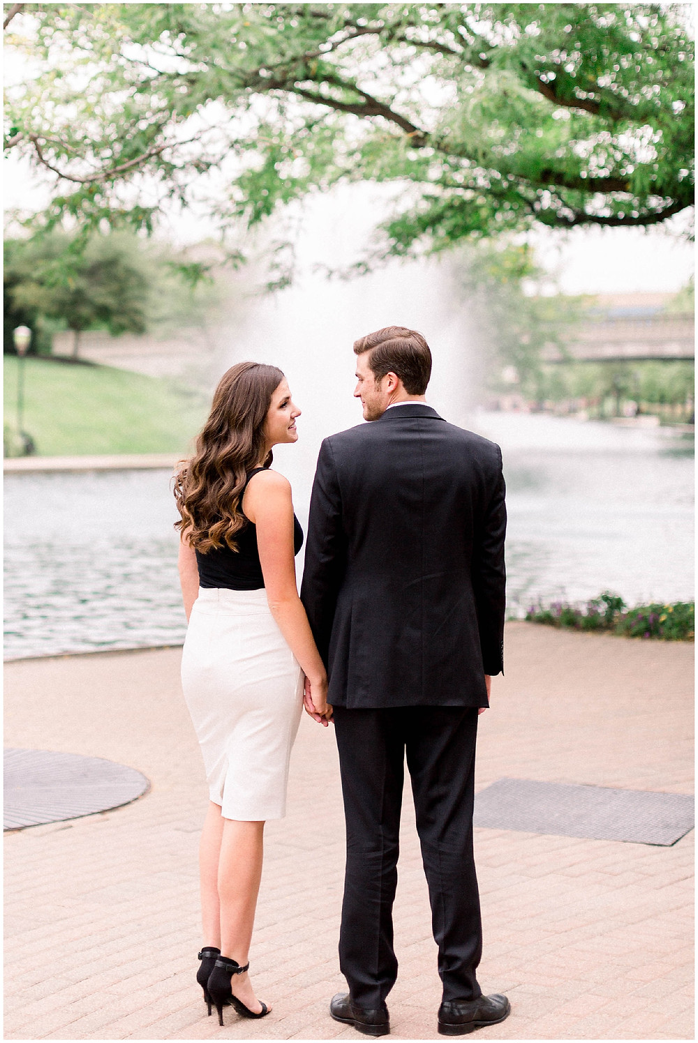 Indianapolis-Engagment-photo-locations