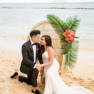 Hawaiian Destination Wedding Inspiration | Kualoa Regional Park, Hawaii