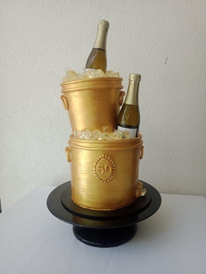 champ bucket.jpg