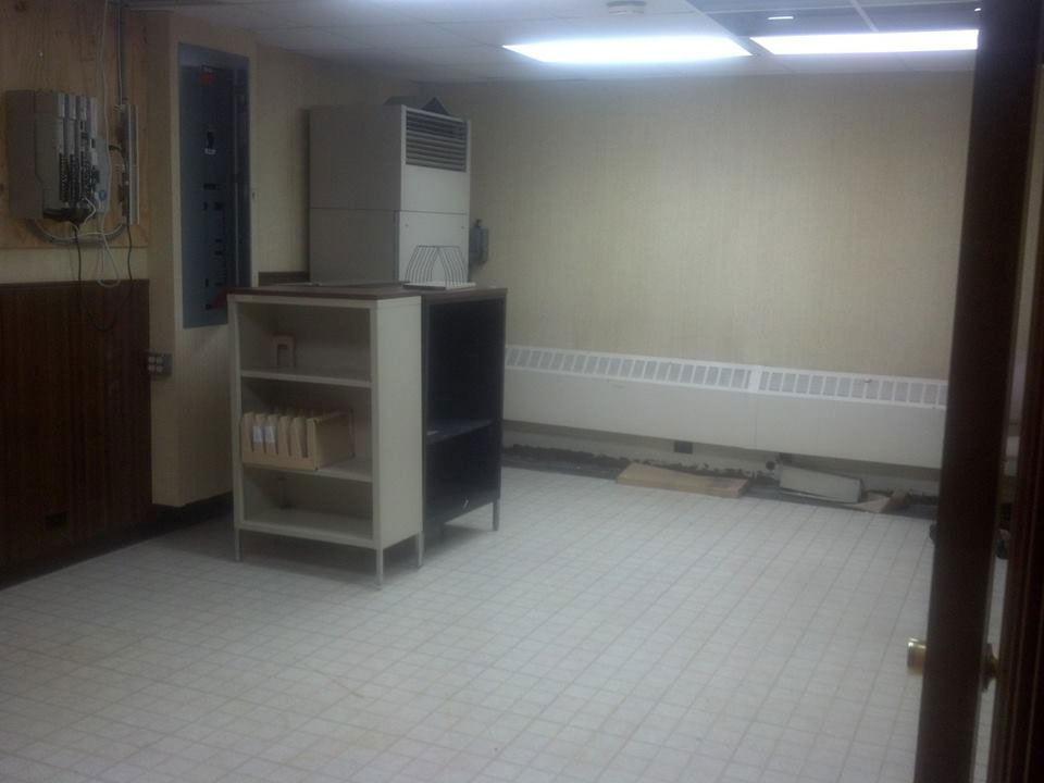 500-equipment-room1