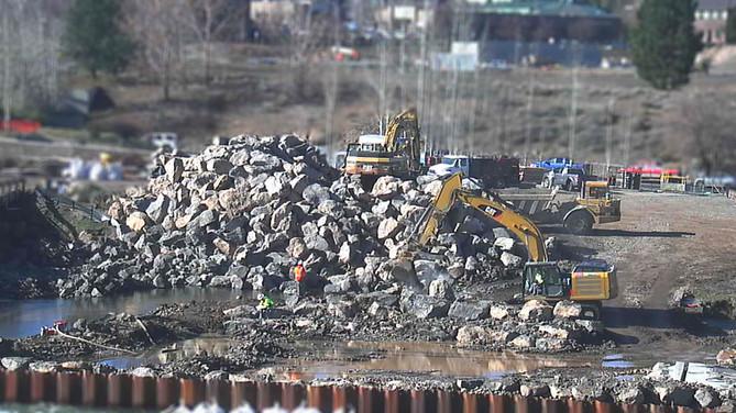 Tilt-shift Construction Timelapse