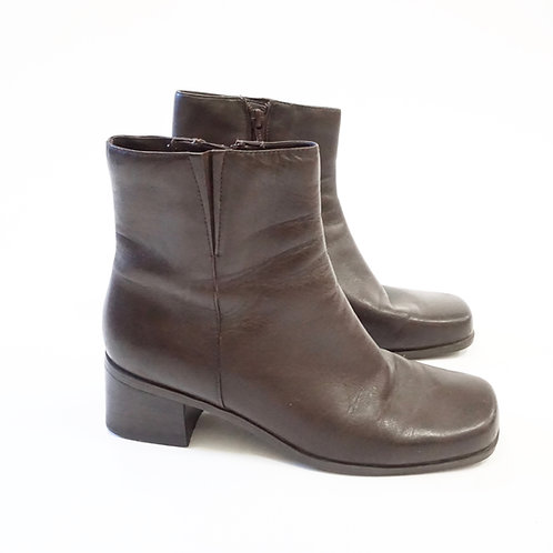 Brown Leather Ankle Boot (8)