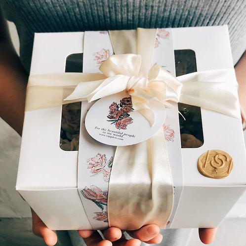 4 X Peony Cupcake Gift set