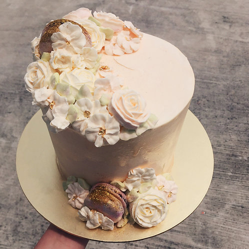 FREESTYLE BUTTERCREAM FLORAL