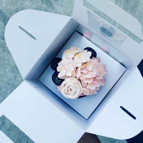 how to make a cupcake bouquet in a box
