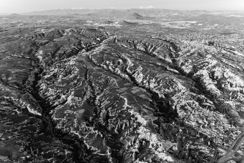 cappadocia_birdseye_bw.jpg